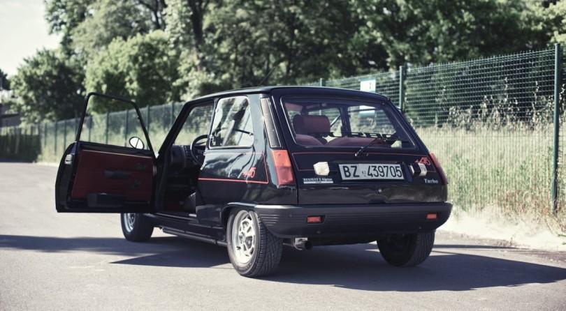 Renault_07-Auto-Class-Magazine-Renault-5