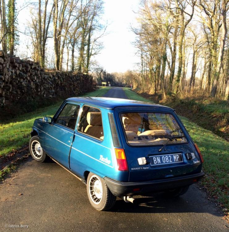 Fabrice-Berry-Hugo-Morins-Renault-5-Alpi