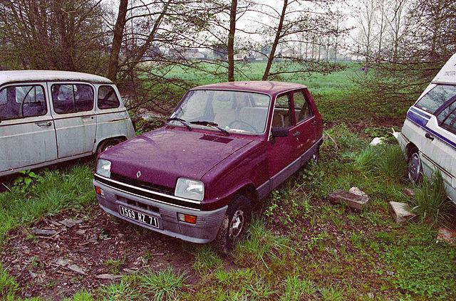 640px-Old_Renault_5.jpg&f=1&nofb=1