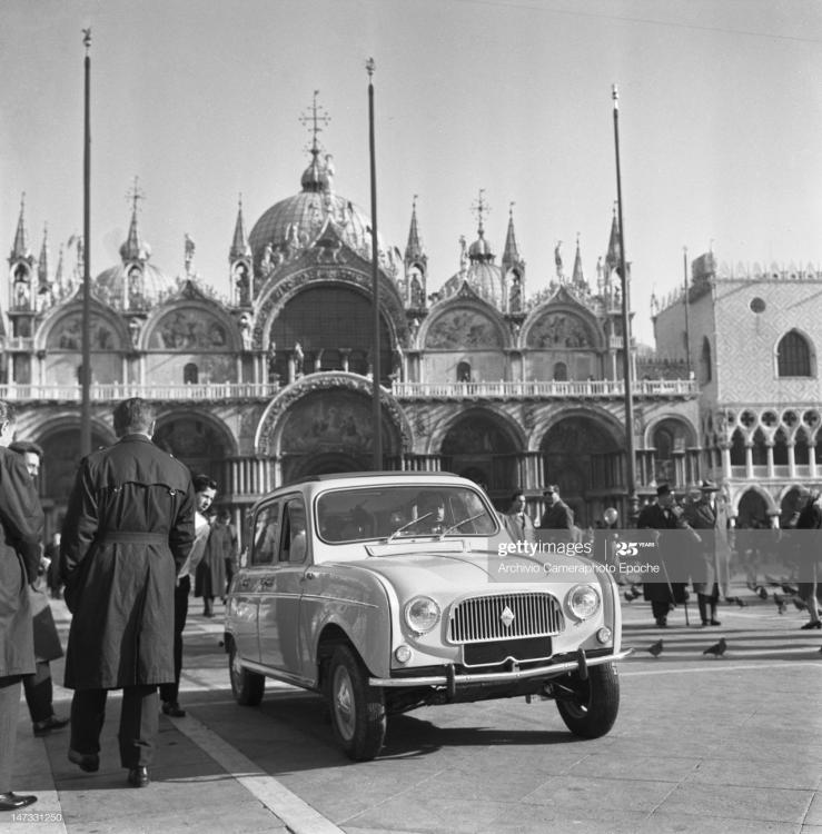 renault-4l-car-parked-in-st-mark-square-