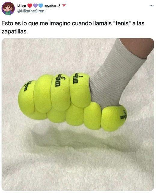 """Puede ser una imagen de texto que dice """"иiKa nyoho~! @NikatheSiren Esto es lo que me imagino cuando llamáis """"tenis"""" a las zapatillas. m 動言"""""""
