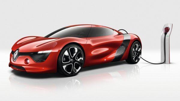 Renault DEZIR Concept - vue de profil avec recharge électrique