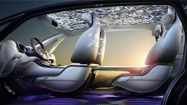 Renault INITIALE PARIS Concept - vue intérieure de l'habitacle
