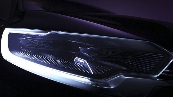 Renault INITIALE PARIS Concept - zoom sur le phare avant
