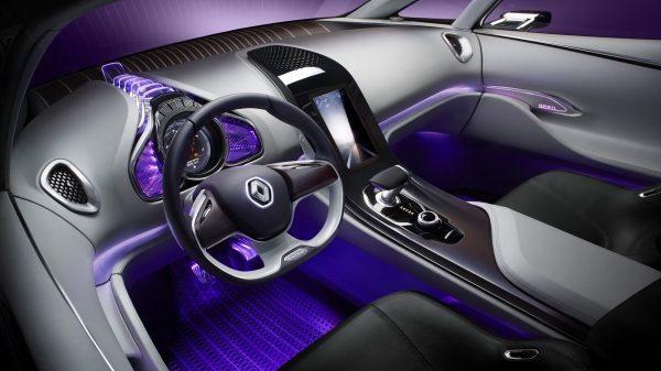Renault INITIALE PARIS Concept - zoom sur cockpit conducteur