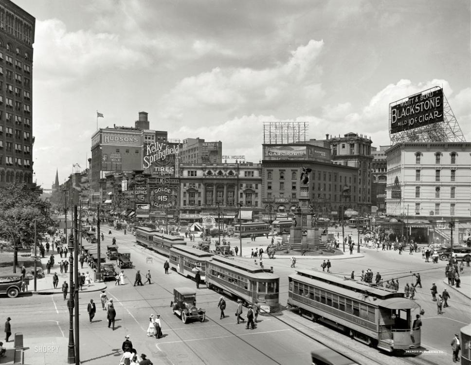 1917-detrit-woodward-avenue.jpg