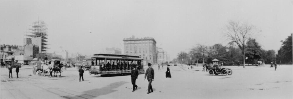 1904 New York City – The Eighth Avenue trolley,.jpg