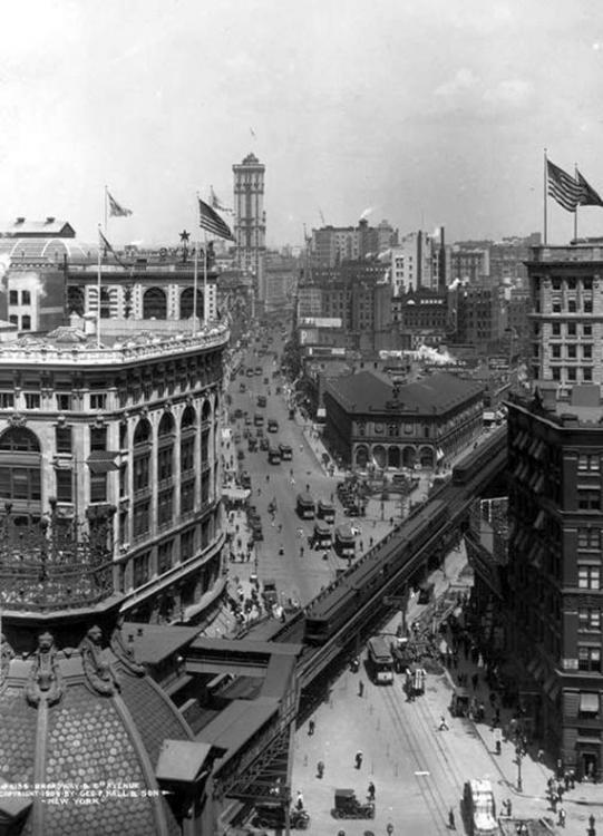 1909 New York – Herald Square.jpg