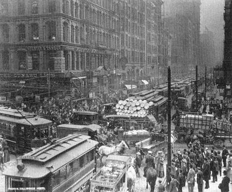 1910 Downtown Traffic Jam, Chicago.jpg