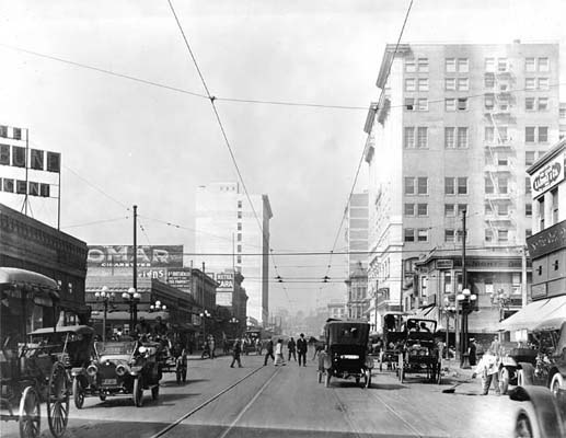 1912 Los Angeles City – Hill and 7th.jpg