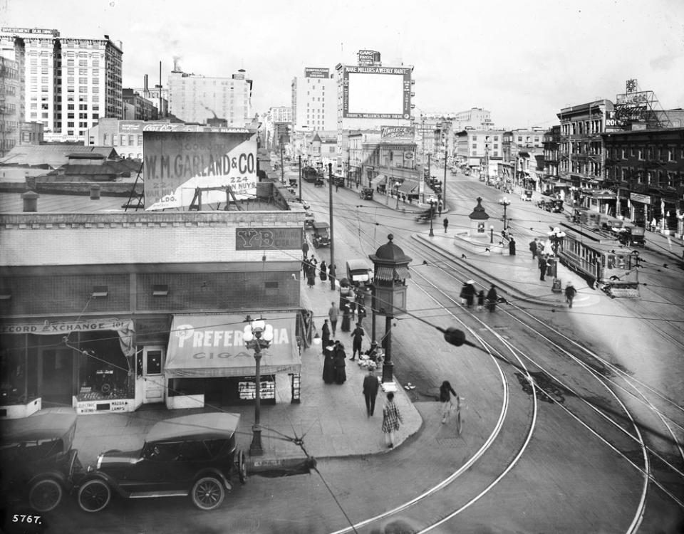 1917 Los Angeles Main Spring 9th.jpg