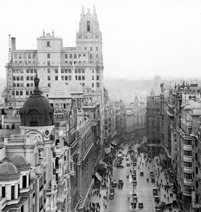 1921 Gran Via Madrid.png