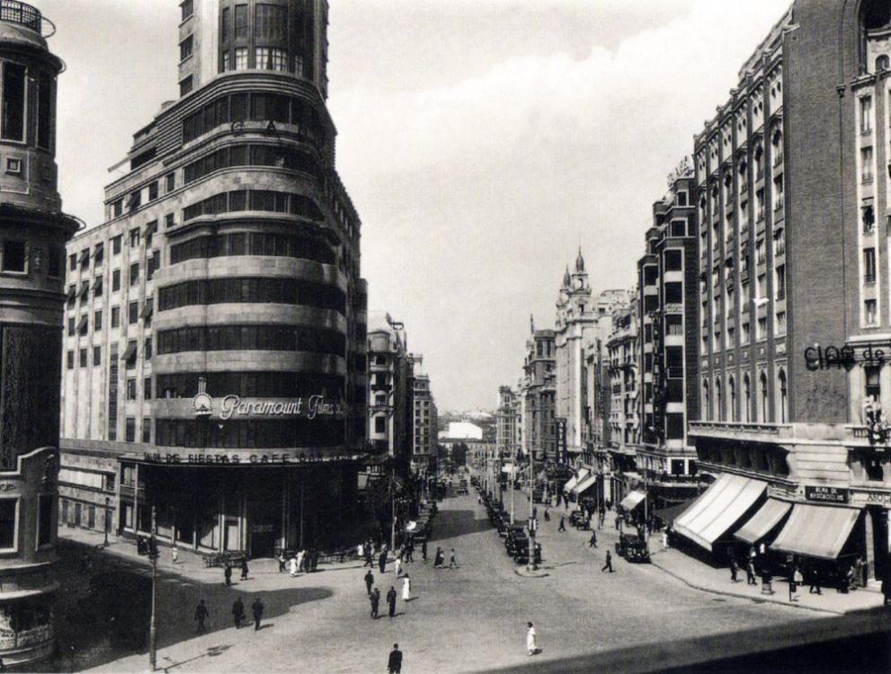 1930 Gran Via (Madrid) 2.png