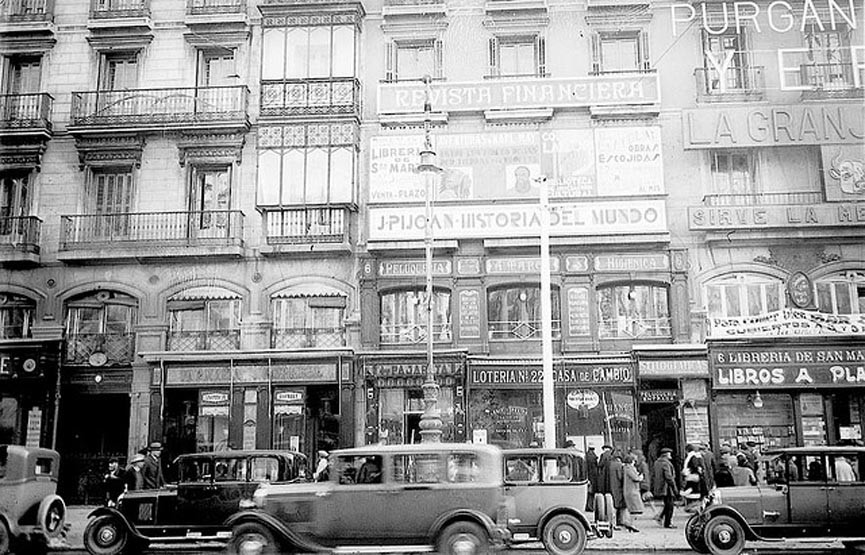 1930 Puerta del Sol Madrid.png