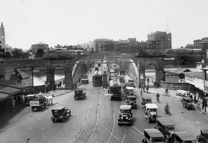 1930 Victoria Bridge, Brisbane.png