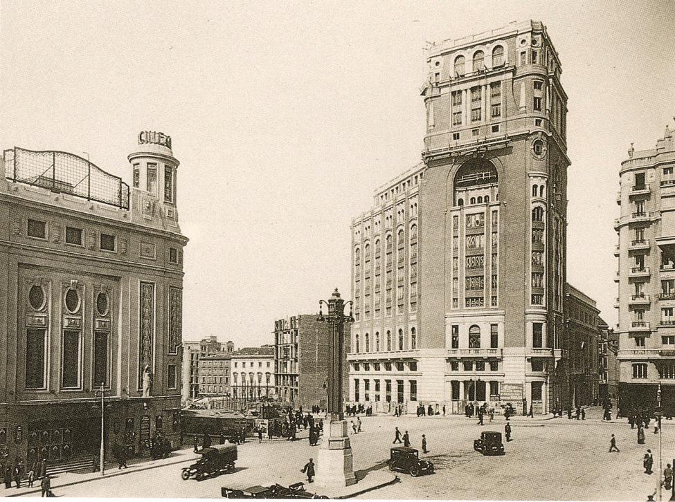 1932 plaza del callao (Madrid).png