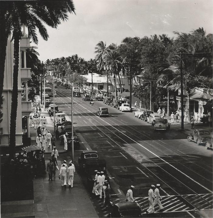 1940s Honolulu, Hawaii, Kalakaua Avenue.png