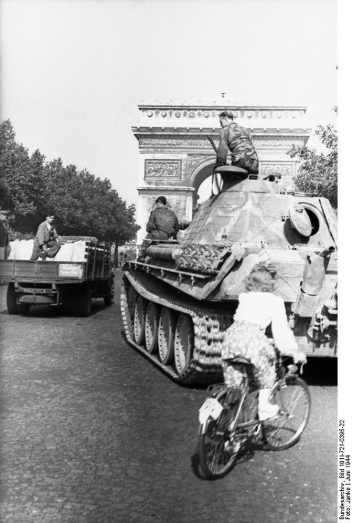 1940s Paris.png