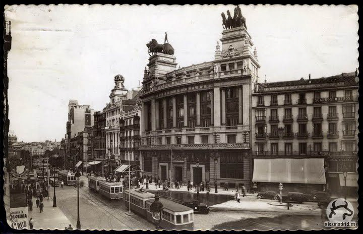 1945 Calle Alcalá (Madrid).png