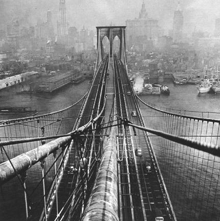 1946 Brookling Bridge New York.png