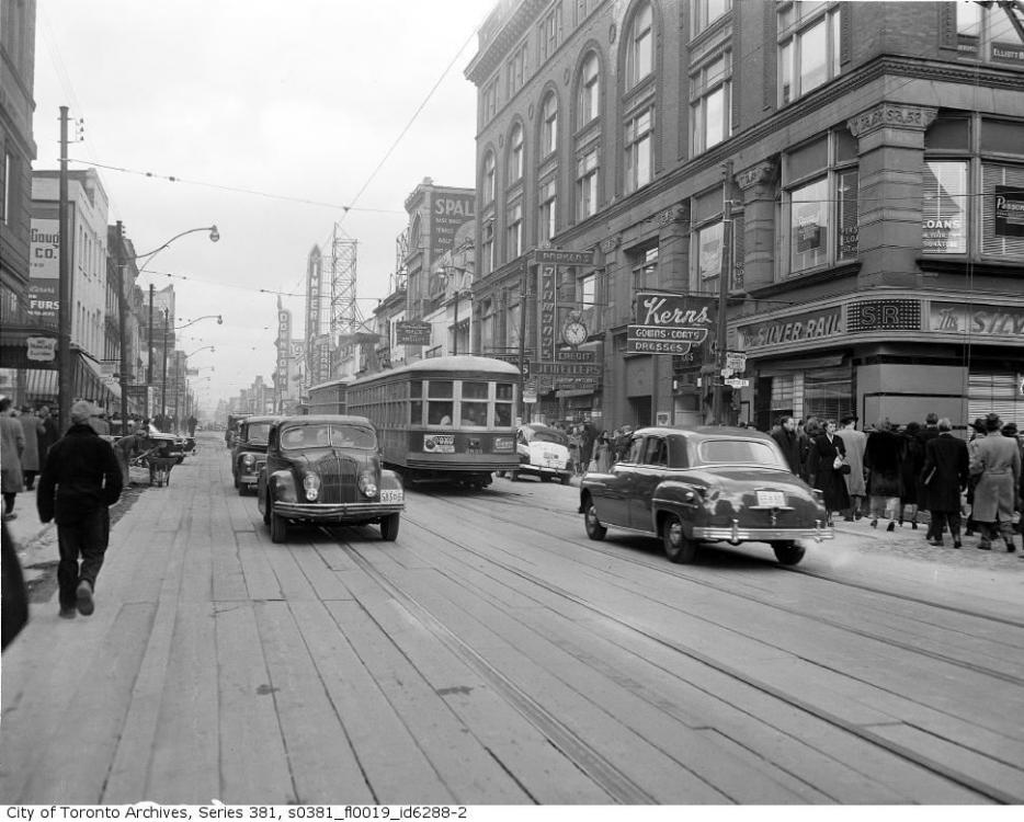 1949 Yonge (Toronto).png