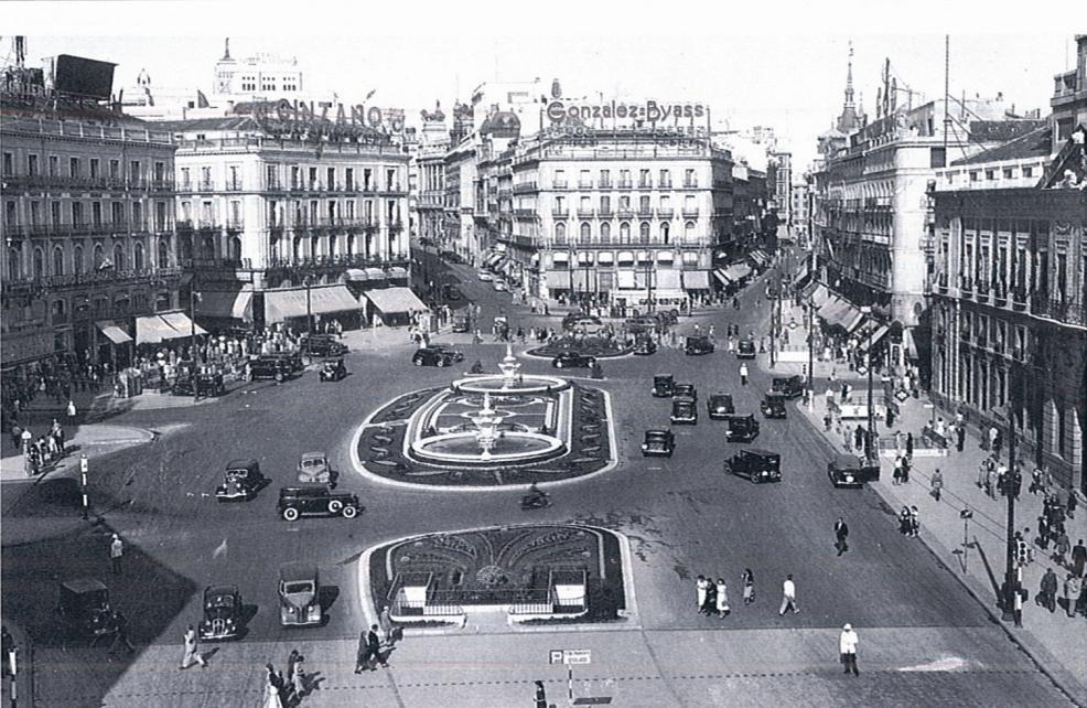 1950s Puerta del Sol Madrid..png