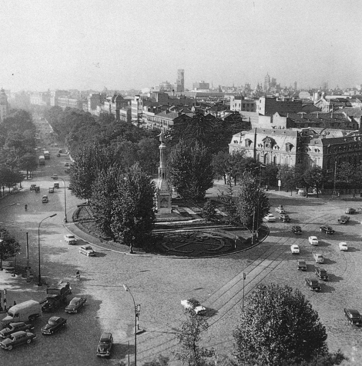 1960 Plaza Colon Madrid.png