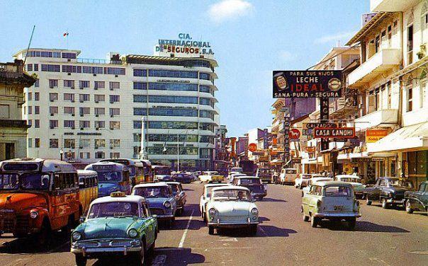 Plaza-5-de-Mayo-1960.jpg