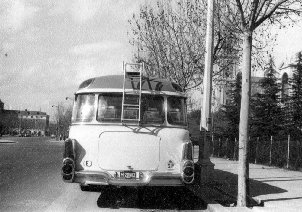 Spanish-buses-Pegaso-1960s-8-1024x721.jpg