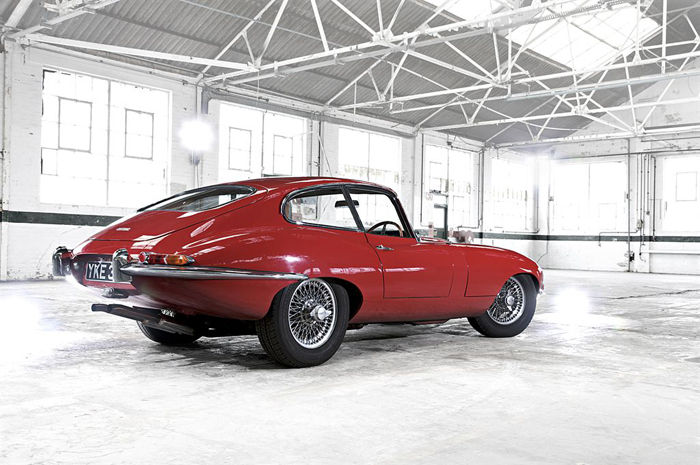 e-type_coupe_heritage_02_LowRes.jpg
