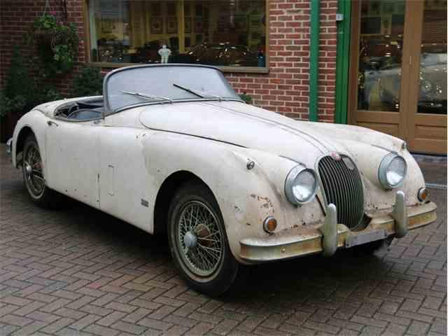 10518217-1958-jaguar-xk150-thumb-c.jpg