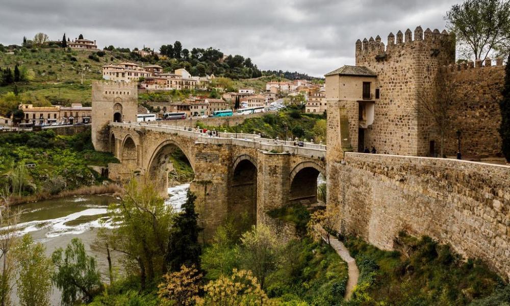Puente-de-San-Martin.jpg