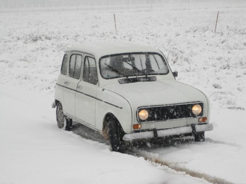 4L con nieve (9).JPG