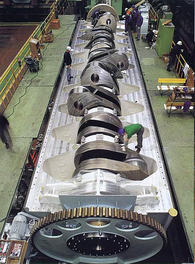 engines_1.jpg.0cc68604d9375335cd3053de8ad16568.jpg