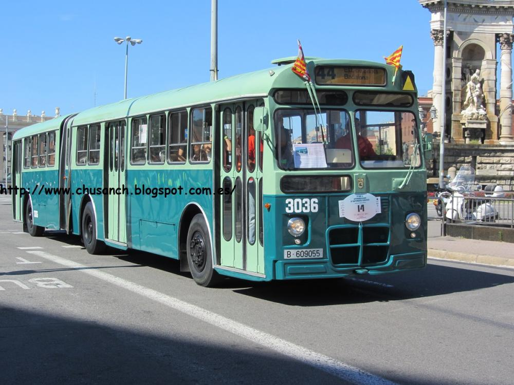 Rally Bus BCN 2013 2.jpg