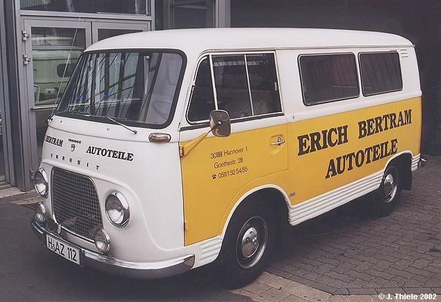 JT009-Ford-Transit-Mod-54-Kleinbus-Bertram-weiss-gelb.jpg